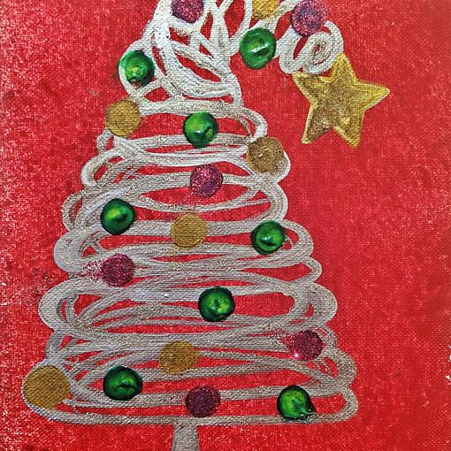 CHRISTMAS TREE : $15