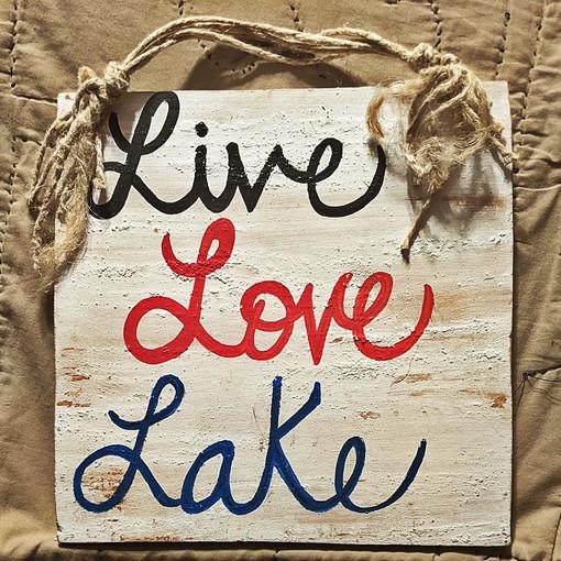 LIVE LOVE LAKE : $15