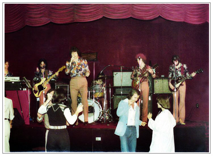 Down Home Band.  L-R: Ricky Alderman, Wayne Scarborough, Eddie Middleton, John Randall Smith, Joe Shear, Uncle Dave.  King of the Road, Valdosta GA, 1976