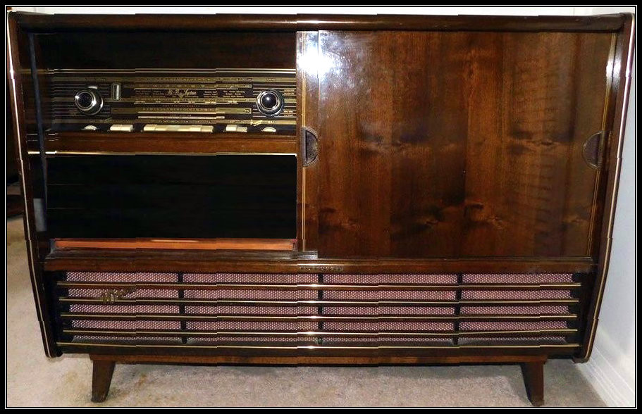 Late-50s Telefunken stereo console with turntable and AM/FM/Shortwave radio.