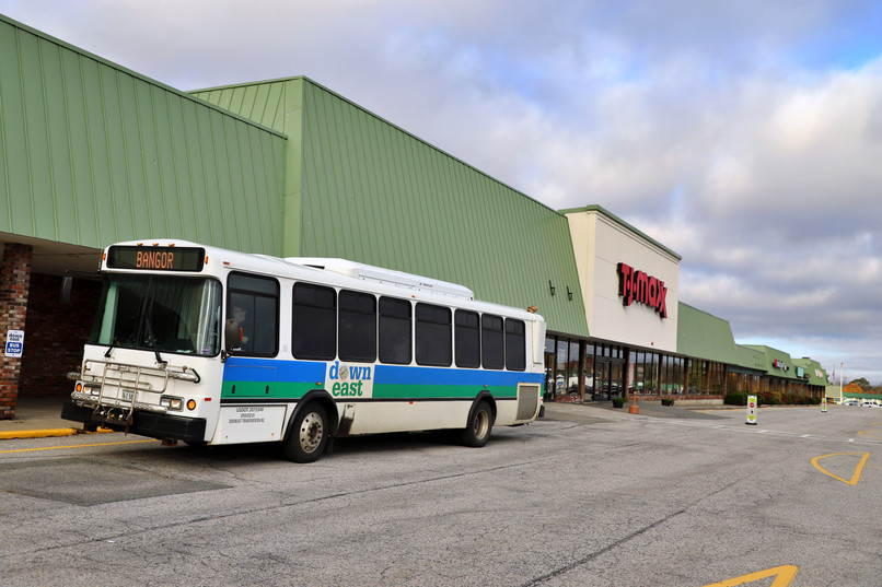 DownEast Transportation at Mall Bus Stop