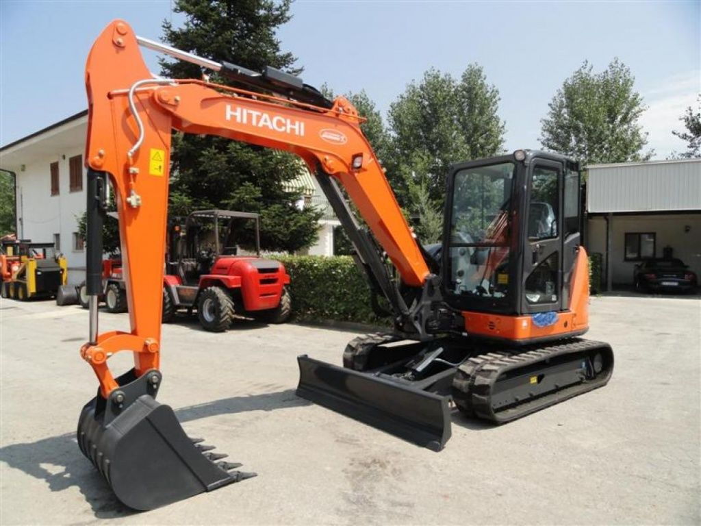 construction-equipment-mini-diggerHITACHI-ZX65USB-5---1_big--15092213413823281900