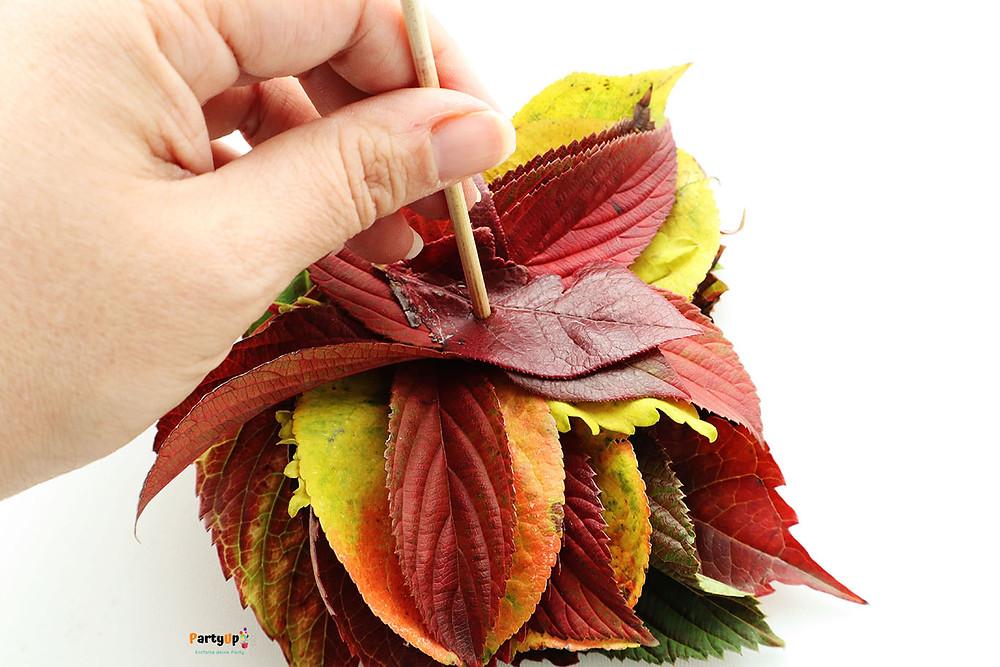 Herbst basteln mit Kindern mit Blätter