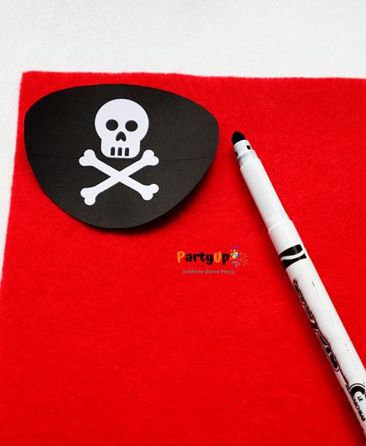 Anleitung und Vorlage für eine Piraten-Augenklappe für das Kostüm zum Piraten Geburtstag