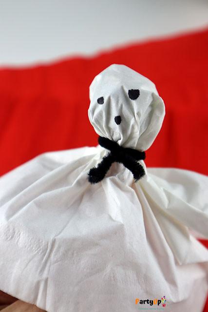 Geist-Lolli als Mitgebsel Idee für Halloween oder die Gruselparty. Ideale Idee für auch als Mitbringsel für die Schule, Kita oder Kindergarten.