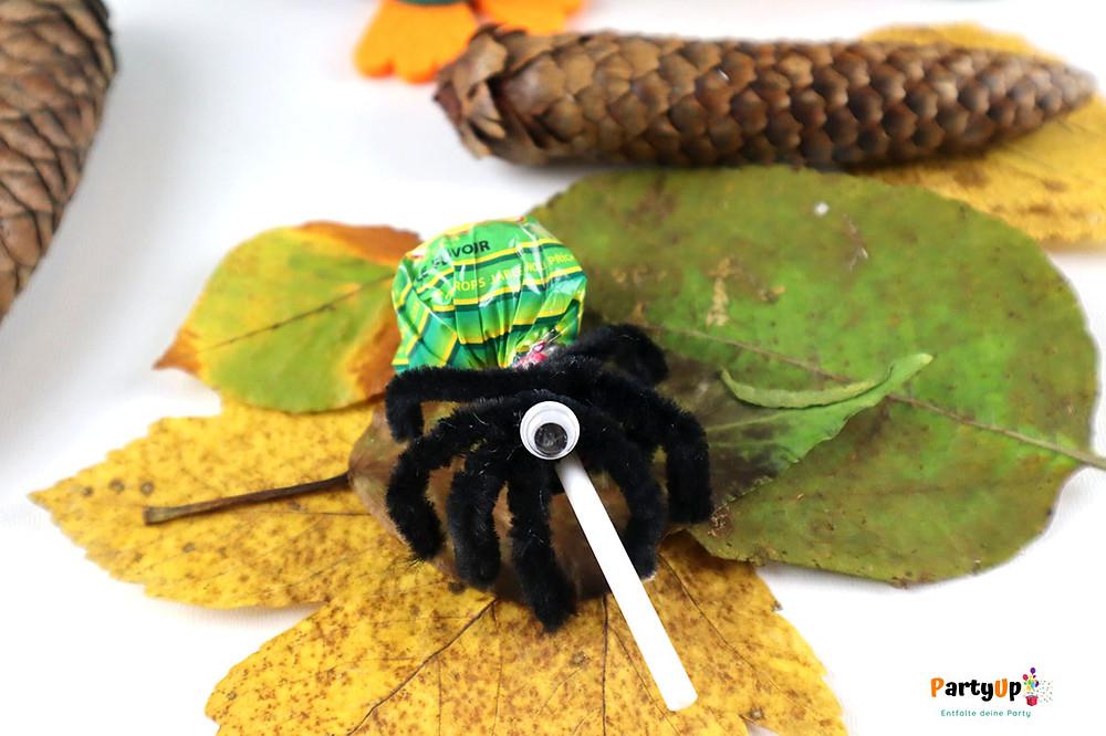 Spinnen-Lolli als Mitgebsel für die Halloween Party / Mitbringsel für die Schule, Kita oder Kindergarten