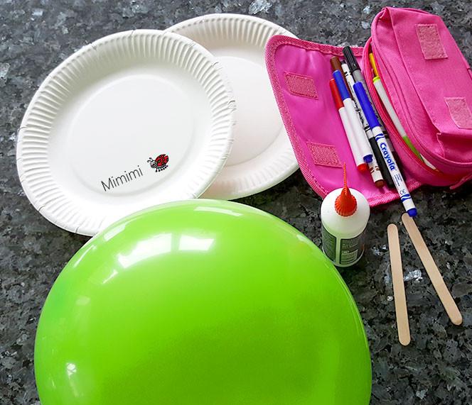 Luftballon-Tennis Material