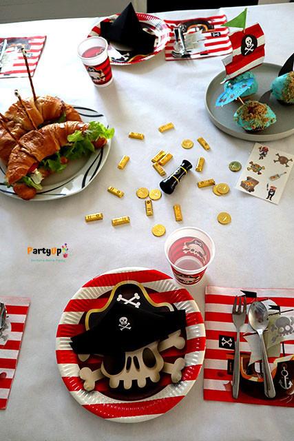 Piraten Geburtstag Deko Ideen für den Tisch zum Kindergeburtstag mit dem Motto Piraten