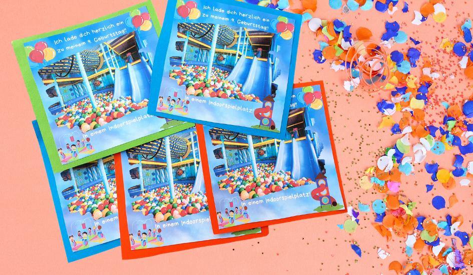 Einladung / Einladungskarten für den Kindergeburtstag im Indoorspielplatz. Einen Geburtstag feiern in einem Indoorspielplatz. Hier findest du unseren Erfahrungsbericht, Tipps und die Vorlage der Einladungskarten zum kostenlos herunterladen.