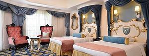 disneyland-hotel-2-bedroom-jr-suite-with