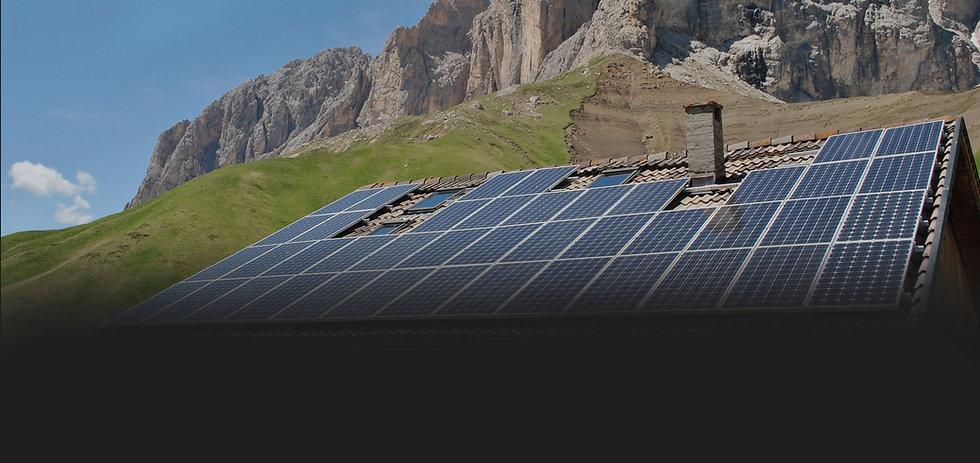 casa-rural-paneles-solar-energia-solar.j