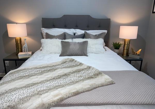 bedroom staging decor ideas