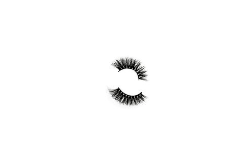 magniFLY Lashes