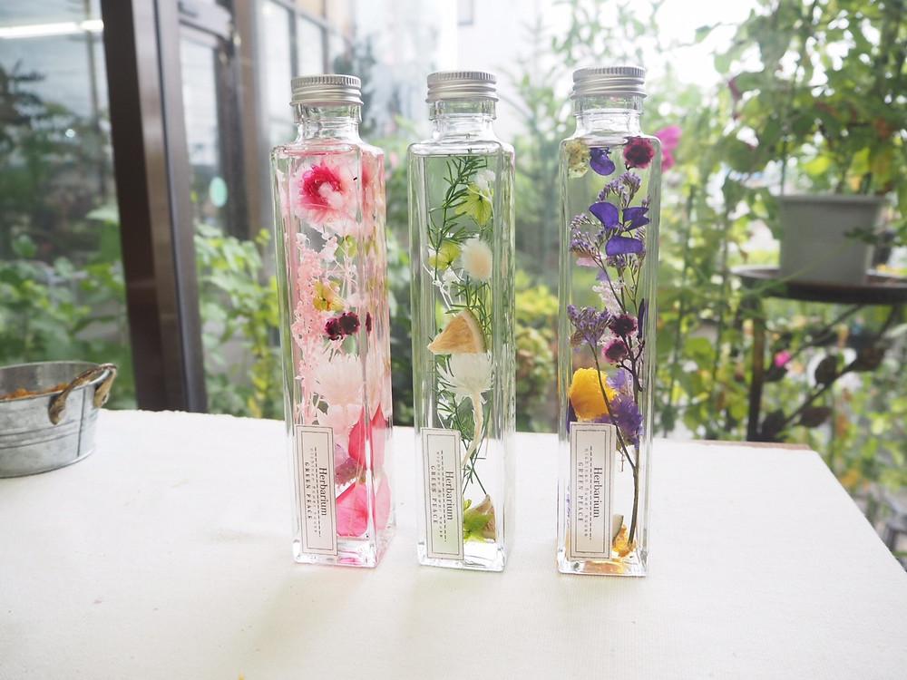 豊田市の花屋 グリーンピースのフラワーアレンジメントレッスンの様子