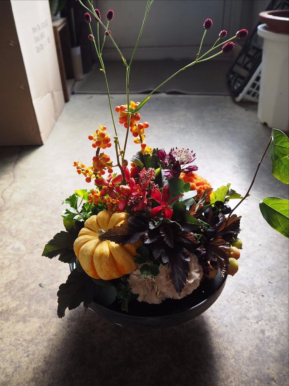 豊田市の花屋グリーンピース 9月アレンジ
