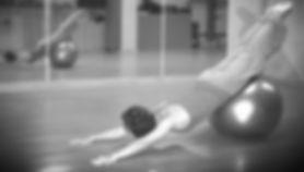 Pilates suelo en fitball