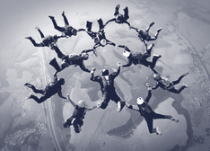 achievement-team-sky-divers.jpg