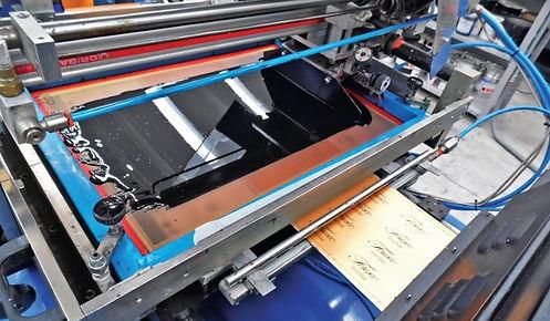 etichettificio industriale esempio di macchine per la stampa
