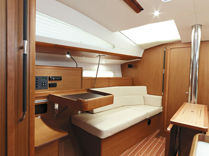 SUN ODISSEY 42 DS INTERIOR