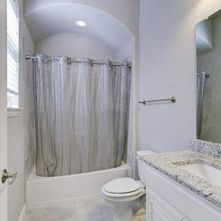 28-Bath_2.jpg