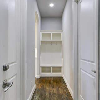 24-Hallway.jpg