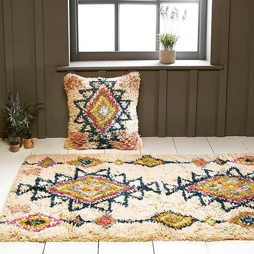 Geometric shaggy rug