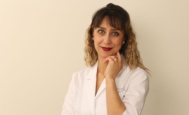 Dr. Faranak .JPG