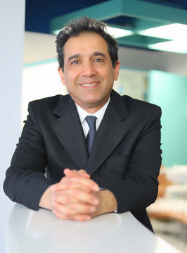 Dr. Siamak.jpg