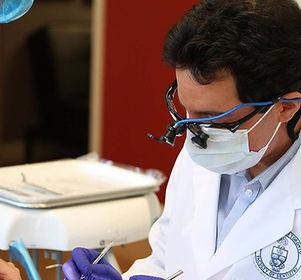 Dr. Ali Tavakoli in 123dental operation room