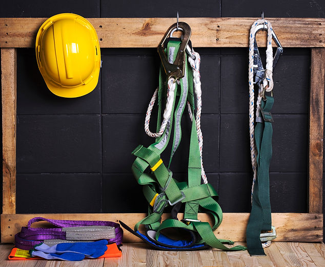 Standard construction safety ,helmet, fall protection,glove,reflection suit