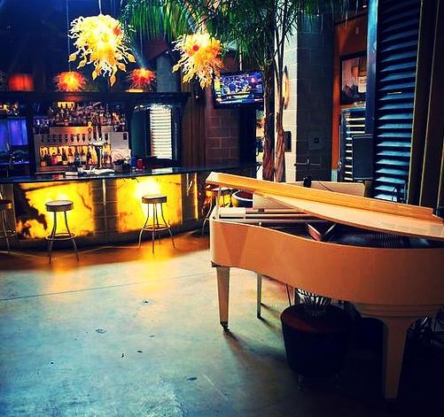 Inside Bar & Piano