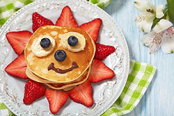 Pancakes with berries for kids.jpg