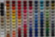 Grosses Sortiment an verschiednen Farben von Garnen.