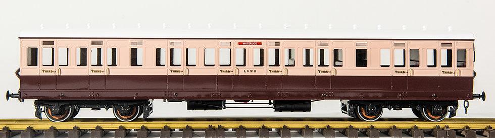 J&M Models - L&SWR Suburban Coaches (1:32)