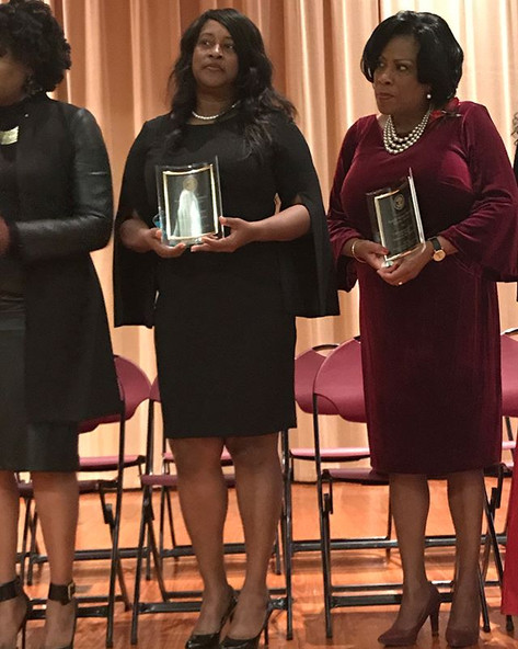 _chfapostle and Lisa Williams accept award for _latoyafornola  at Black Women's Mayoral Conference in Baton Rouge