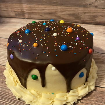 Vanilla Cake with Chocolate Chip Cookie Dough Filling