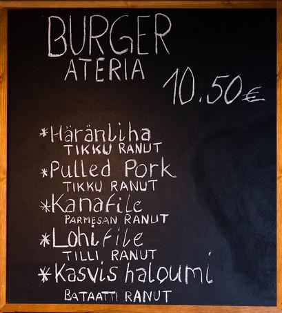 Puhoksen_Herkku_Burger_Menu_Adessa.jpg