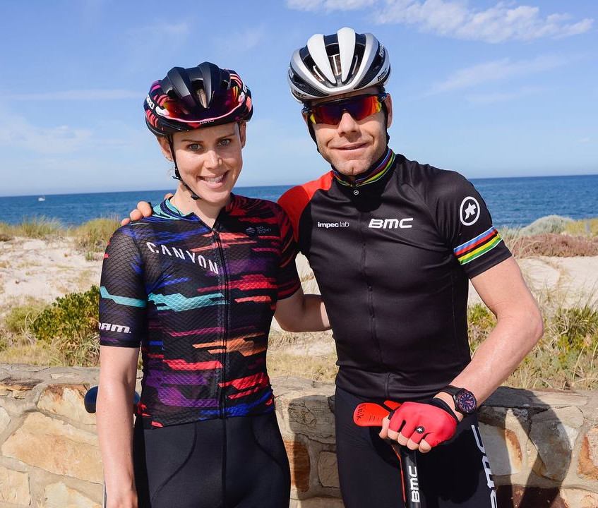 Cycling stars Tiff Cromwell and Cadel Evans on the EY Corporate Cycling Event.