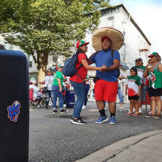 Arman fiesta regios en Williamsport