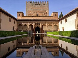 alhambra-1680025_1920.jpg