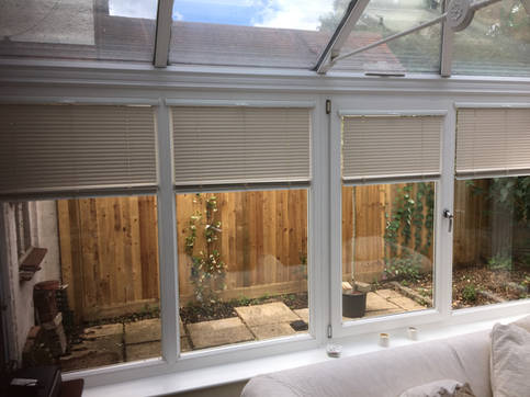 "INTU ""No Drill"" Venetian Conservatory Blinds"