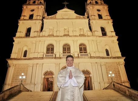Veja em fotos como foi a ordenação do diácono Edson Roberto Pedro Frizzo