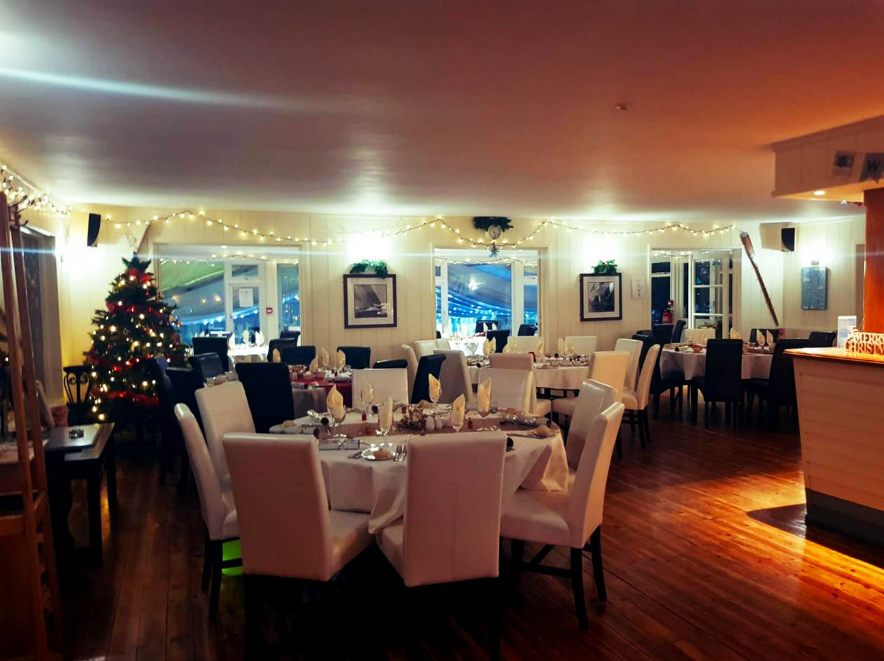 book a table tollesbury