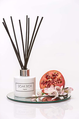 Luxury Reed Diffuser - Apple Blossom & Pomegranate