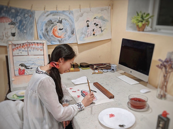 A Lesson of Chinese Painting and Arabic Calligraphy for Mia Family Virtual Family Day