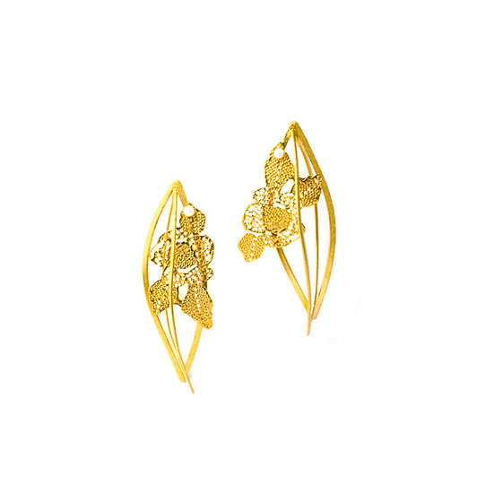 Maria Tsimpiskaki - Lace Swan Earrings