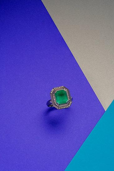 Rachel Yeung- Vertex Colombian Emerald Ring