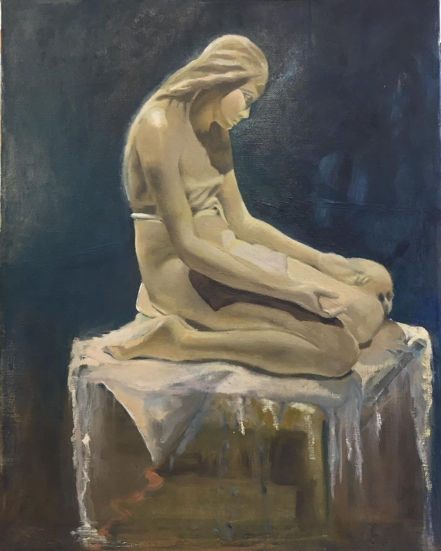 Persomofocation of statue