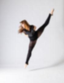 Aline Carili, dance portrait
