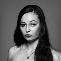Léna Alvino, headshot